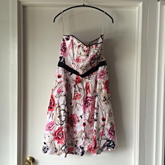 White House|Black Market Floral Strapless Dress