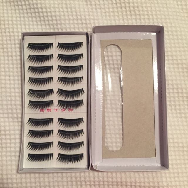 10 PACK LASHES!!