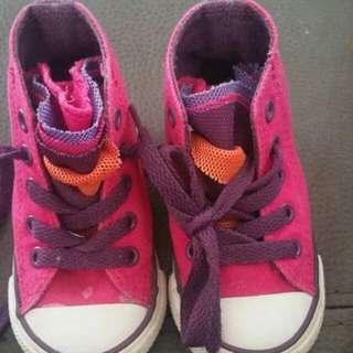 Converse Toddler Size 4