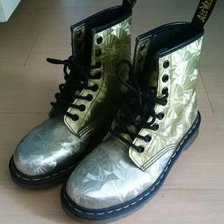 特殊色馬丁鞋