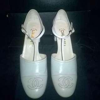 Chanel White Tosca