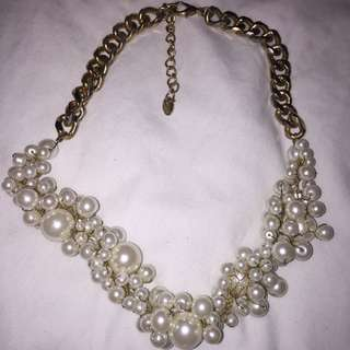 Zara Pearl Necklace