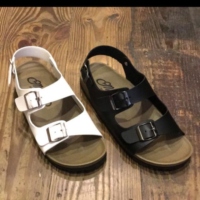 白色勃肯涼鞋