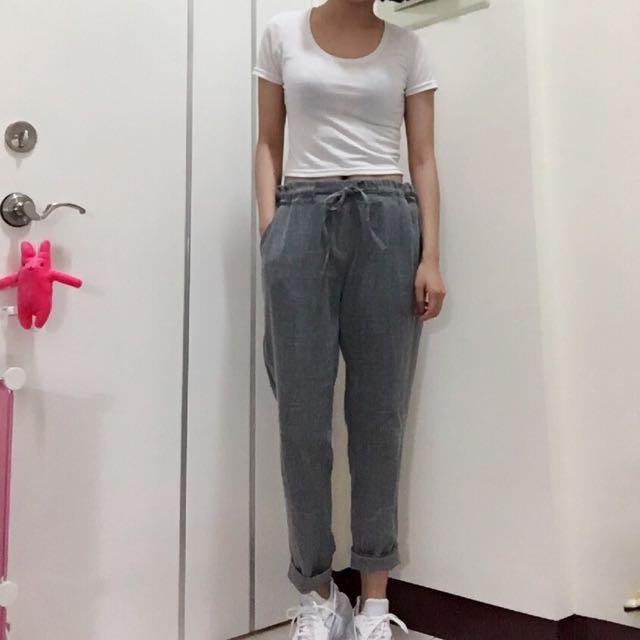 灰色九分褲