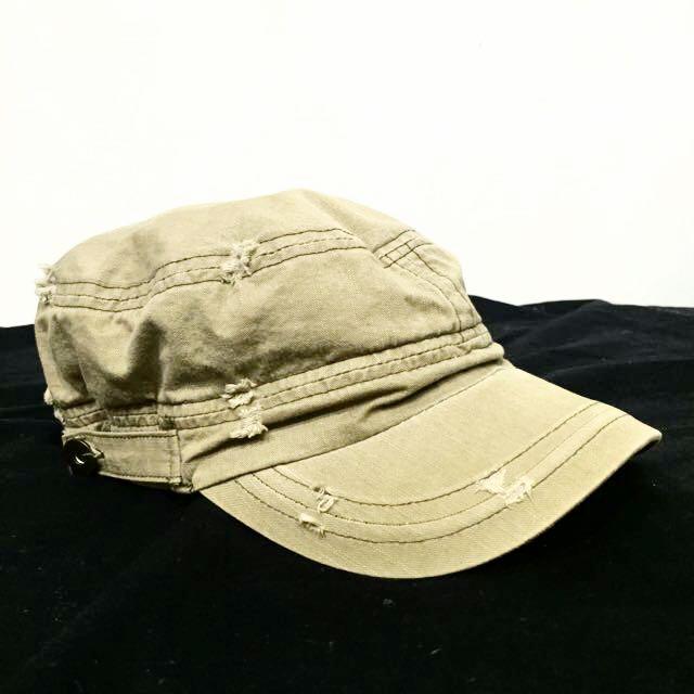 淺軍綠色鴨舌帽棒球帽休閒刷破仿舊