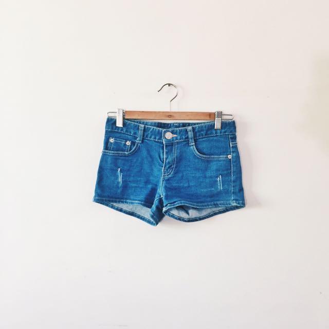 low/midwaist denim shorts