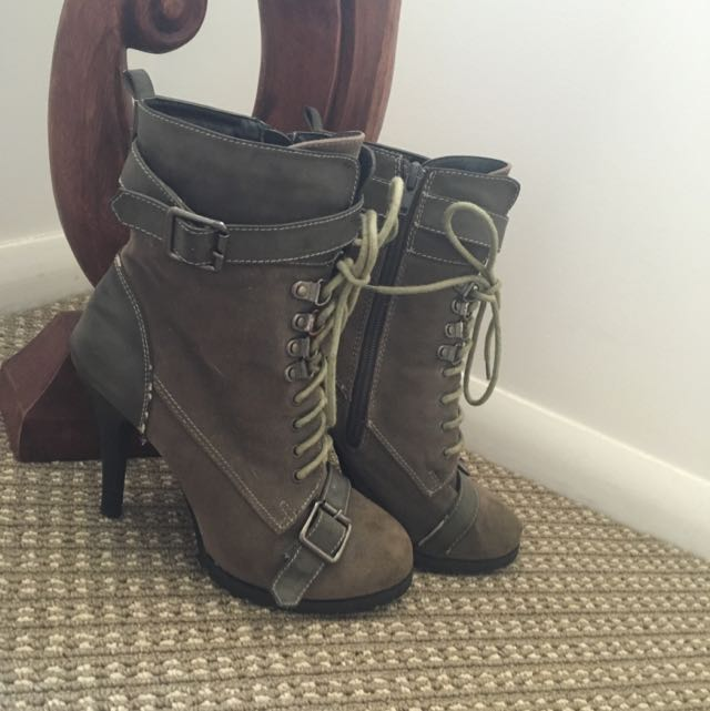 Novo Trooper Heeled Boot