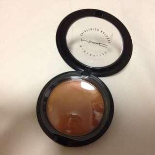 MAC mineralize Skinfinish DARK Contour Powder