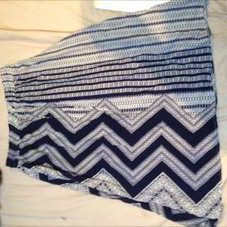 Valley Girl Skirt Size 8
