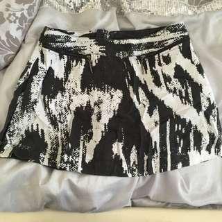 Hunt No More Skirt