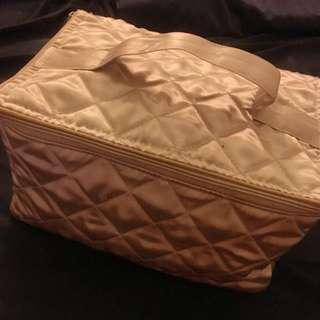 Naraya曼谷包化妝包盥洗包金色
