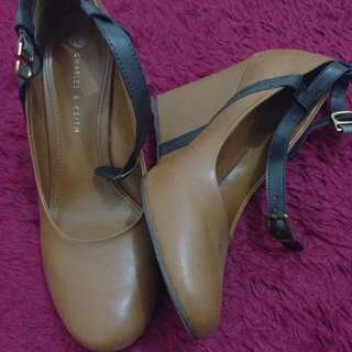 Charles & Keith Wedges Size 39