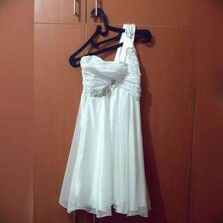 PRE-LOVED White One Shoulder Dress