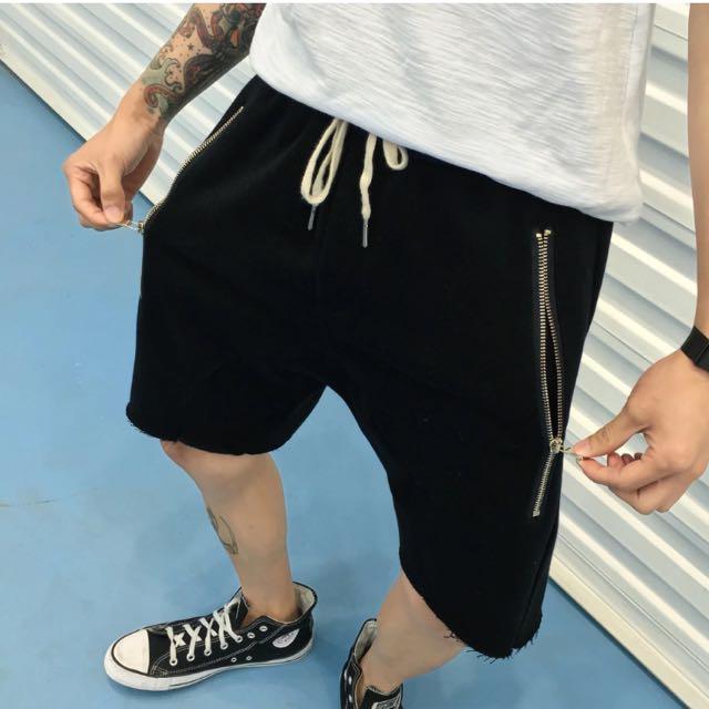 個性大拉鍊短褲
