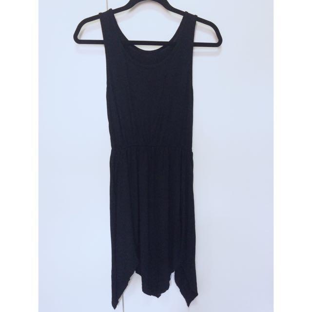 黑色不規則連身洋裝