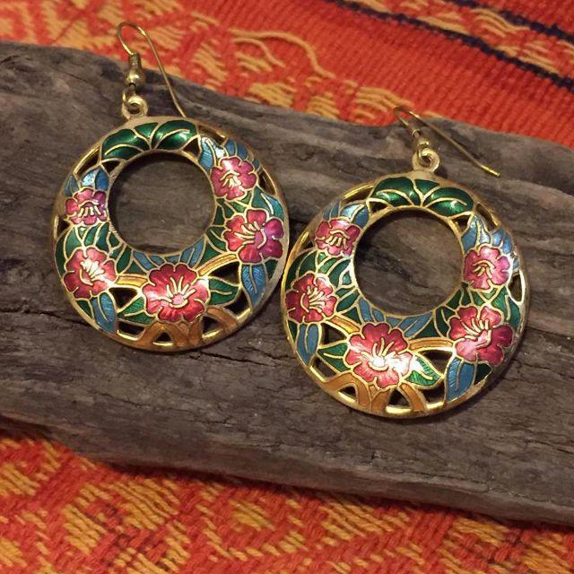 國外進口琺瑯古典花紋鏤空金色紅花圓型大耳環 耳飾 垂掛式