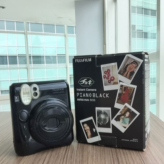 FUJIFILM polaroid (Instax 50s)