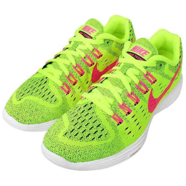 Nike Luna系列專業路跑鞋