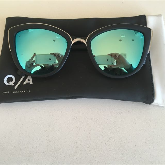 "Quay Sunglasses In Style ""my Girl"""