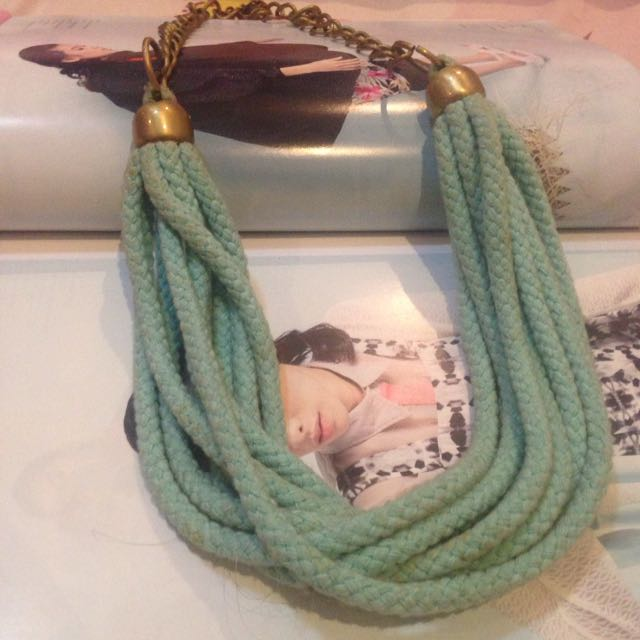 tosca necklace