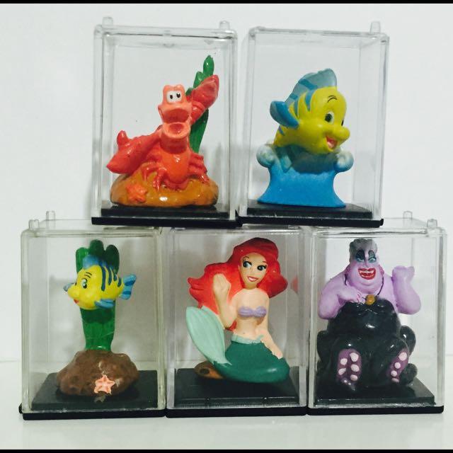 迪士尼yujin小美人魚愛麗兒烏蘇拉比目魚櫥窗公仔