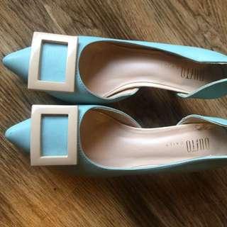 Short Heel Shoes