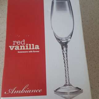 Red Vanilla set of 4 Flute glasses