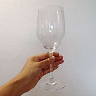 Set Of 6 Luxurious Wine Glasses