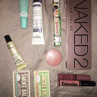 VARIOUS MAKEUP ITEMS - Most New