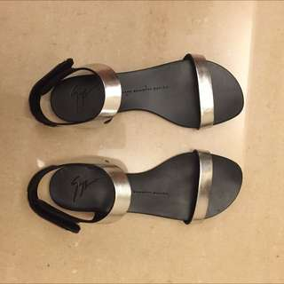 Giuseppe Zanotti Sandals 涼鞋 36