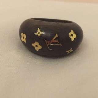 Lv Louis Vuitton Ring M