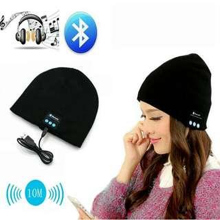 2016 New Soft Warm Beanie Gorro Hat Wireless Bluetooth Smart Cap Headset Headphone Speaker Mic Bluetooth Hat Men Sports Hat