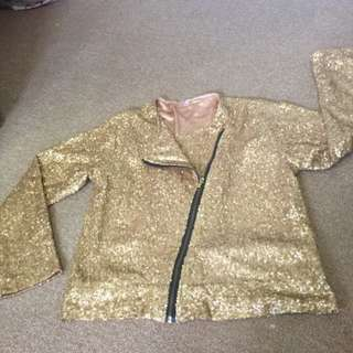 Outer Top Size M