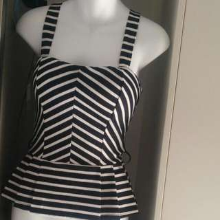 striped top - Size S