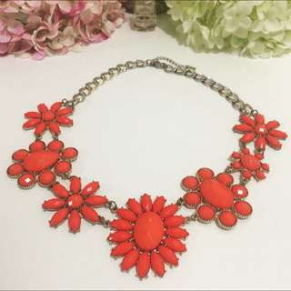 🌸🌸Statement Flower Necklace In Coral 🌸🌸