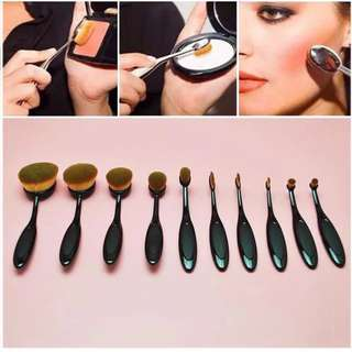 10piece Oval Makeup Brushes