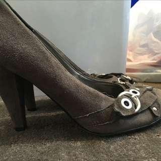 Size 7 Grey Seude Heels