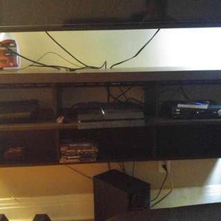 Wall Mount Entertainment System