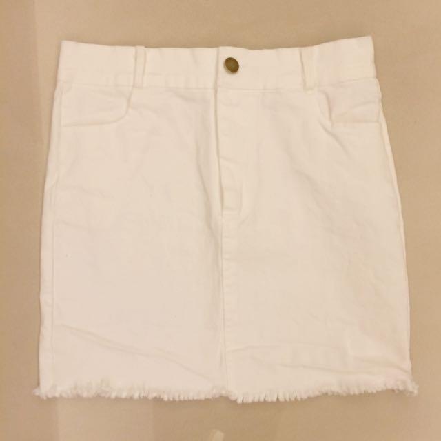高腰白色窄裙