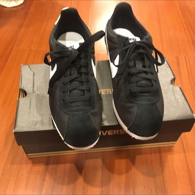 黑色阿甘鞋