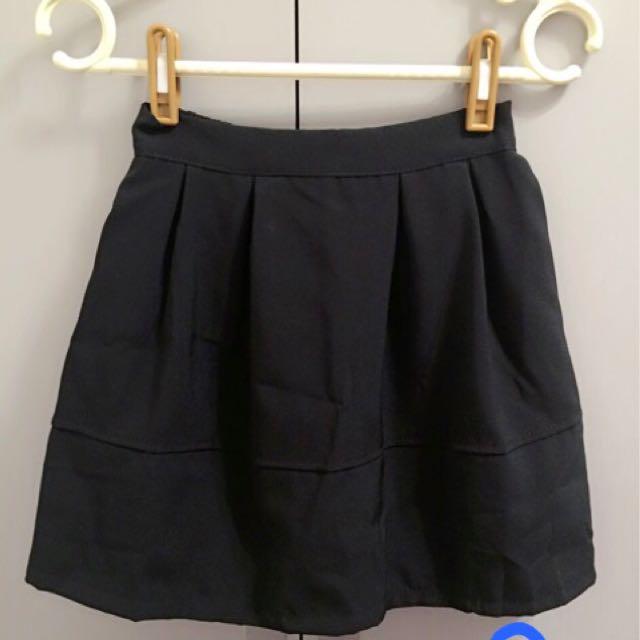 後拉鍊黑色圓裙 短裙