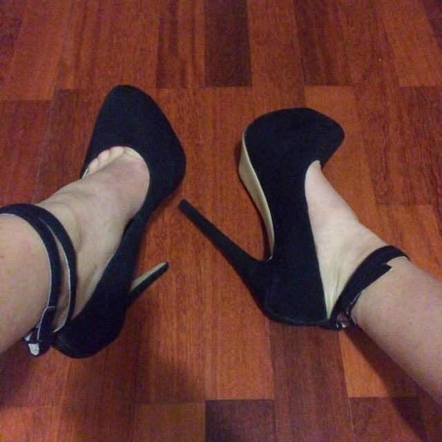 Zu High Heels