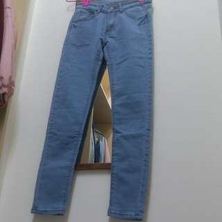 淺藍色牛仔褲s號