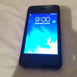 iPhone 4 - Black: 16GB