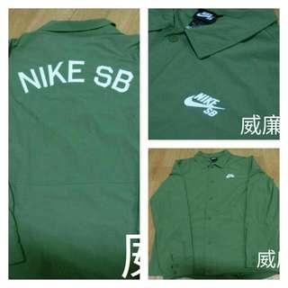 NIKE SB教練風衣外套