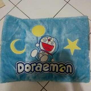 Karpet Bulu Doraemon