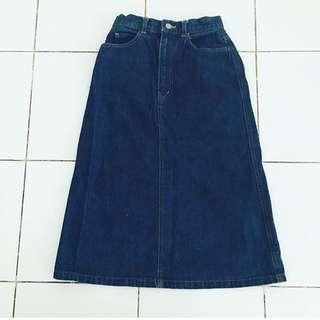 Preloved Unbranded High Waisted Midi Denim Skirt