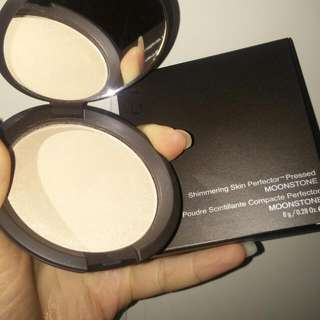 BECCA HIGHLIGHTER MOONSTONE