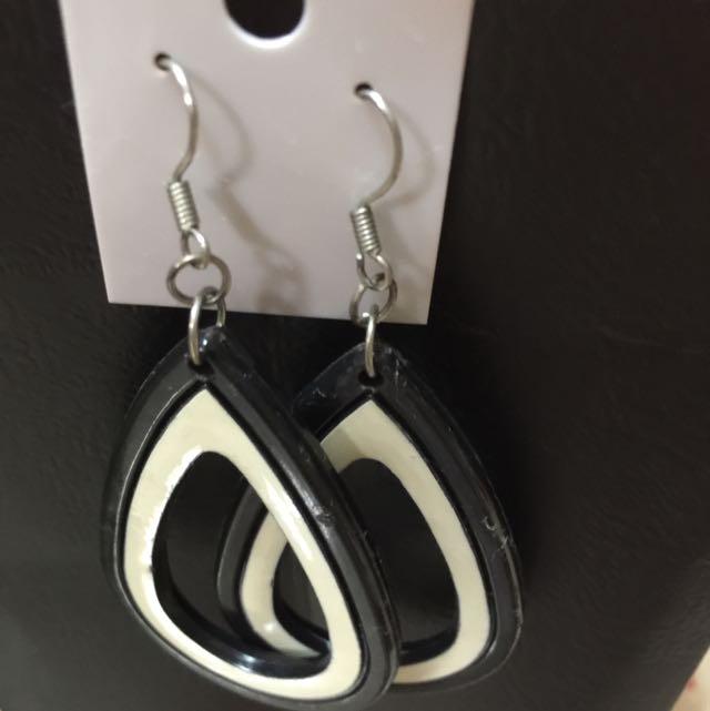 復古水滴式耳環