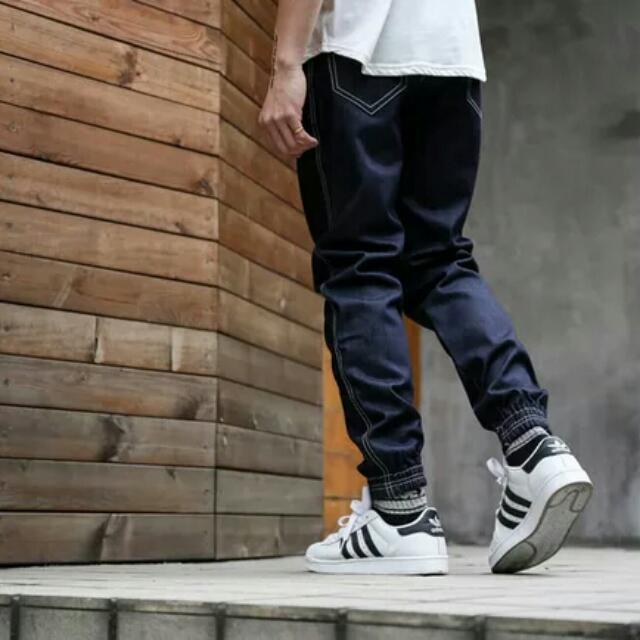 【長褲】 美式街頭潮牌休閒原色牛仔褲潮男嘻哈寬鬆束腳褲男士長褲縮口褲